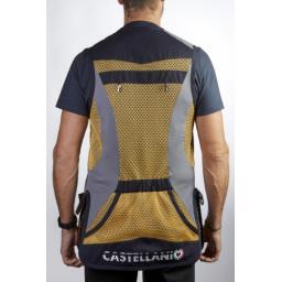 col 172 sport vest back.png